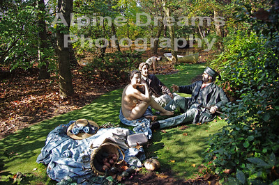 SHADY-PICNIC-by-the-CREEK