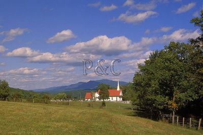 VIRGINIA - SHENANDOAH VALLEY - RURAL LIFE / SCENICS