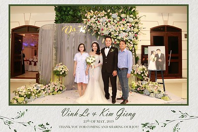 VK-wedding-instant-print-photo-booth-My-My-wedding-center-in-hinh-lay-lien-Tiec-cuoi-WefieBox-Photobooth-Vietnam-020