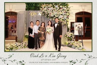 VK-wedding-instant-print-photo-booth-My-My-wedding-center-in-hinh-lay-lien-Tiec-cuoi-WefieBox-Photobooth-Vietnam-022