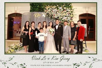 VK-wedding-instant-print-photo-booth-My-My-wedding-center-in-hinh-lay-lien-Tiec-cuoi-WefieBox-Photobooth-Vietnam-013