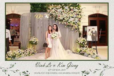 VK-wedding-instant-print-photo-booth-My-My-wedding-center-in-hinh-lay-lien-Tiec-cuoi-WefieBox-Photobooth-Vietnam-023