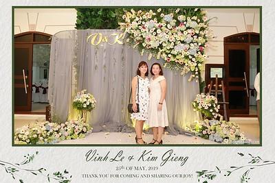 VK-wedding-instant-print-photo-booth-My-My-wedding-center-in-hinh-lay-lien-Tiec-cuoi-WefieBox-Photobooth-Vietnam-002