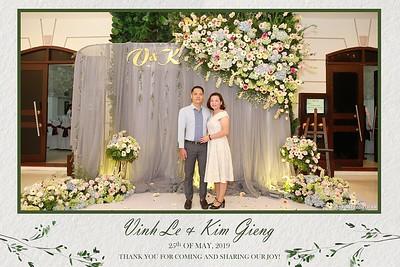 VK-wedding-instant-print-photo-booth-My-My-wedding-center-in-hinh-lay-lien-Tiec-cuoi-WefieBox-Photobooth-Vietnam-001