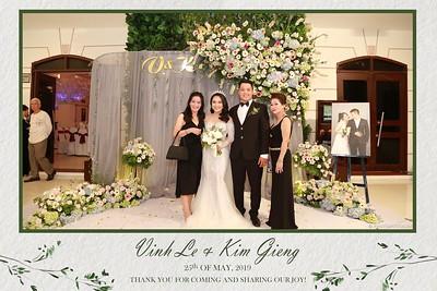 VK-wedding-instant-print-photo-booth-My-My-wedding-center-in-hinh-lay-lien-Tiec-cuoi-WefieBox-Photobooth-Vietnam-016