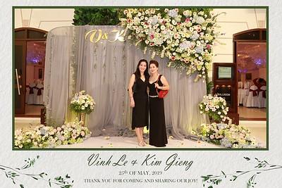 VK-wedding-instant-print-photo-booth-My-My-wedding-center-in-hinh-lay-lien-Tiec-cuoi-WefieBox-Photobooth-Vietnam-007