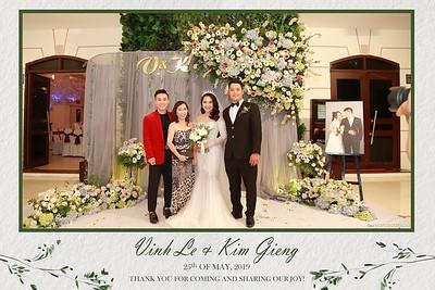 VK-wedding-instant-print-photo-booth-My-My-wedding-center-in-hinh-lay-lien-Tiec-cuoi-WefieBox-Photobooth-Vietnam-019