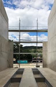 12 Werkhof Sissach | Betonwände des Waschraumes und Vertiefung Hebebühne