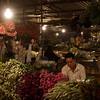 OLYMPUS DIGITAL CAMERA Hanoi, marché de gros des fleurs