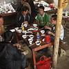 ville de BAC HA, marché de CAN CAU, rencontre des minorités Hmong fleur, Nung, Phu La, Thays. 7km frontière chinoise
