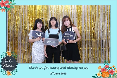 Vi-Co-Sharon-wedding-instant-print-photobooth-Queen-Plaza-District-5-in-hinh-lay-lien-Tiec-cuoi-tai-TP-HCM--112