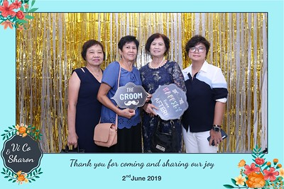 Vi-Co-Sharon-wedding-instant-print-photobooth-Queen-Plaza-District-5-in-hinh-lay-lien-Tiec-cuoi-tai-TP-HCM--086
