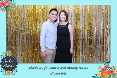 Vi-Co-Sharon-wedding-instant-print-photobooth-Queen-Plaza-District-5-in-hinh-lay-lien-Tiec-cuoi-tai-TP-HCM--097