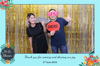 Vi-Co-Sharon-wedding-instant-print-photobooth-Queen-Plaza-District-5-in-hinh-lay-lien-Tiec-cuoi-tai-TP-HCM--098