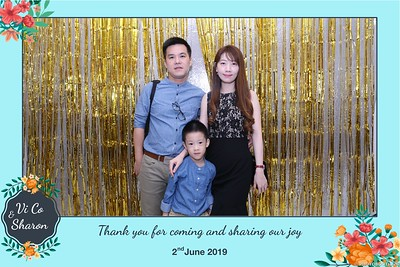 Vi-Co-Sharon-wedding-instant-print-photobooth-Queen-Plaza-District-5-in-hinh-lay-lien-Tiec-cuoi-tai-TP-HCM--076