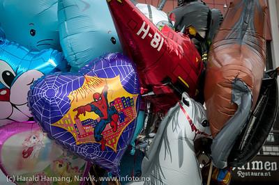 VU-2011, boder på torget.