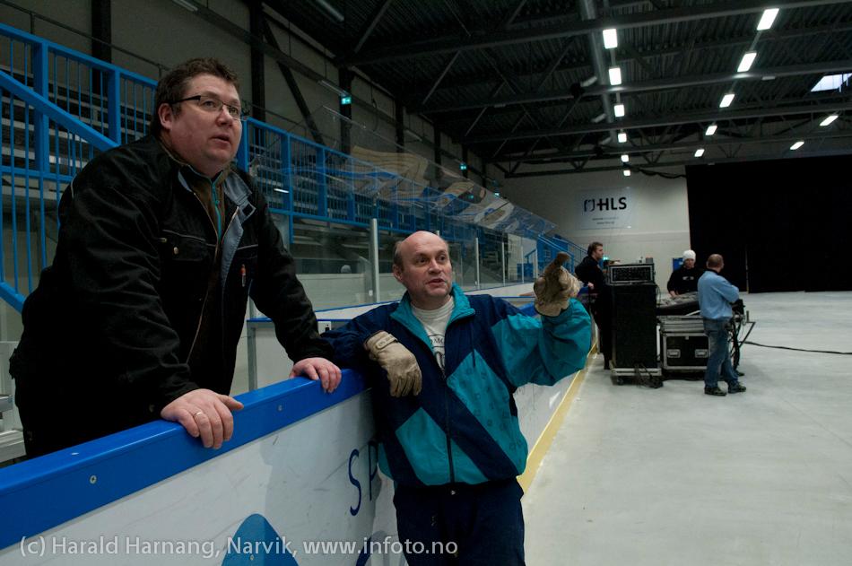 Rigging av utstyr og klargjøring av Nordkraft Arena til konserter mm under VU2011.
