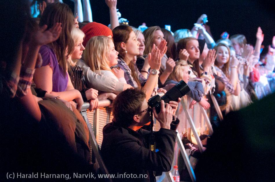 26.3.2011: Konsert på Nordkraft Arena med Madcon. Foto-Rune på plass.