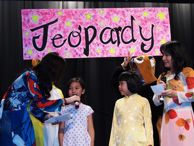 TA's Jeopardy - Đố Vui Để Học.