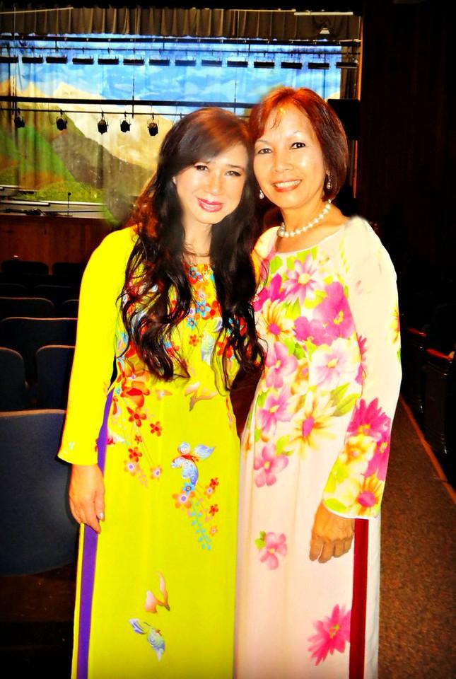 Cô Nhất Anh, cô Lan Hương