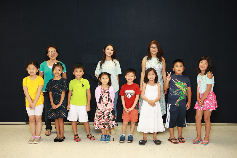 Class 1A2 - Cô Cao Bích Vân, TA Athena Nhã Chi, Cô Phạm Thanh Hà