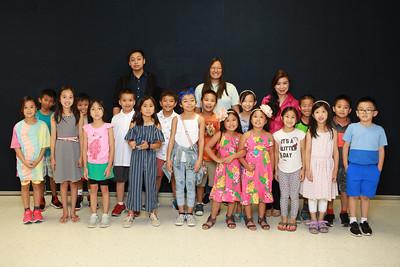 Class 2A -- TA Francis Khoa, TA Jane Bảo Bình, cô Chử Nhất Anh