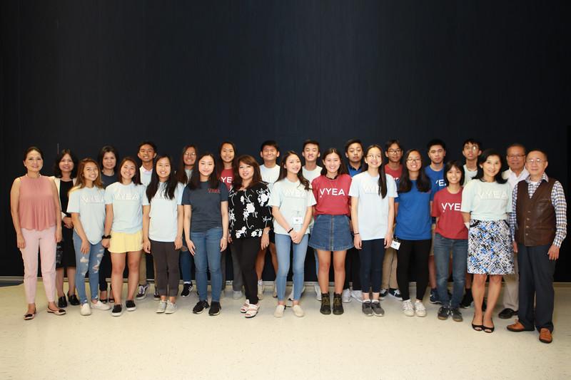 Class TA -- visitor cô Minh Thúy, visitor cô Hòa Ái, cô Trần Thúy Thanh, visitor thầy Võ Thành Chân, cô Lê Bích Hồng, thầy Chử Nhị Anh