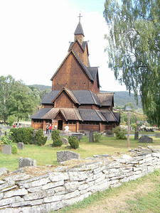 Heddal, chiesa, risale al 1242, ed ? la pi? grande delle 28 chiese lignee conservate in Norvegia