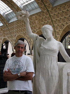 Richard being crowned at the Musee d'Orsay