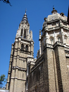 Toledo's Cathedral - which is amazing inside (but no photos allowed @$%#!!)