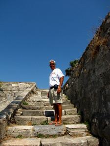 Richard climbing the castle