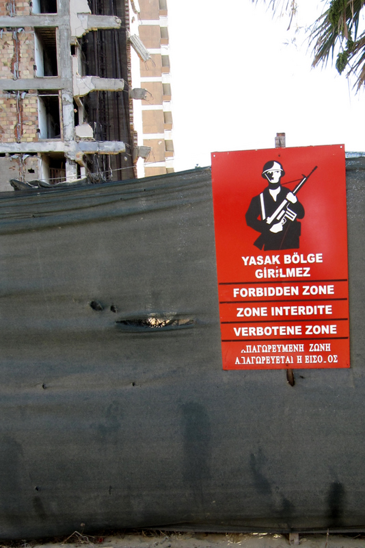 Warning Sign in front of Maras