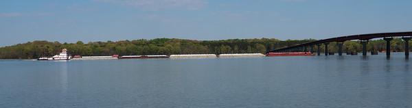 barge%20on%20TN%20River-M.jpg