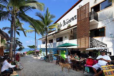 Hotel_Vista_Oceana_(1)