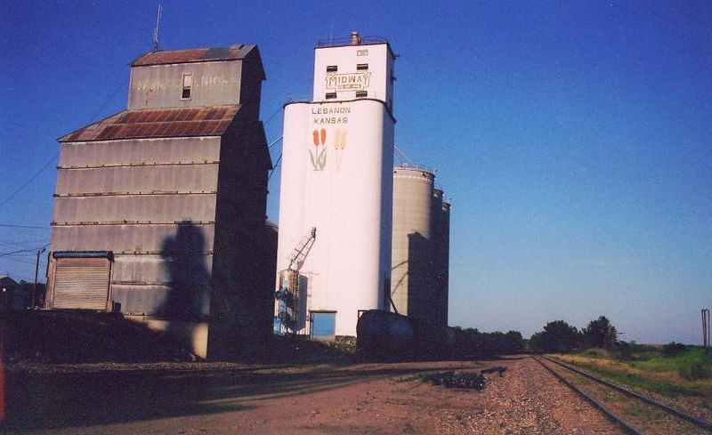 Grain elevators in Lebanon, KS