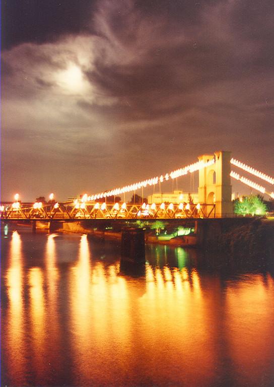 Waco, Texas suspension bridge.