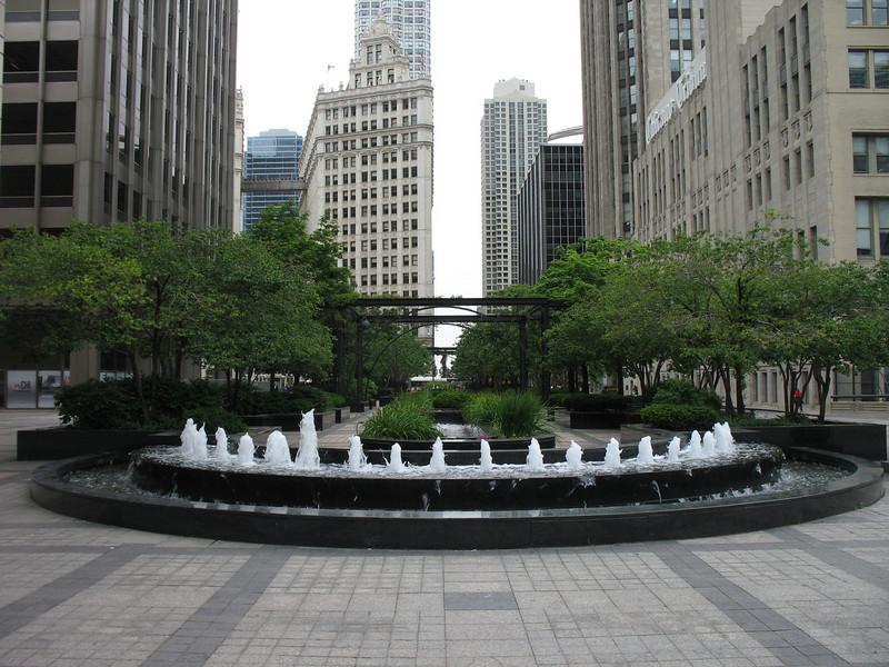 Fountain near the Tribune Building.