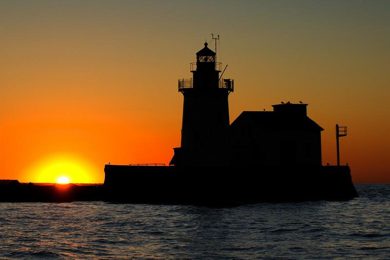 Cleveland Harbor West Pierhead Lighthouse silloette 5