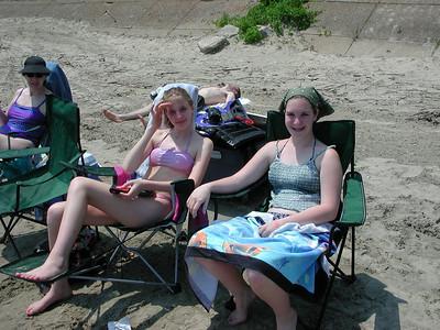 east harbor beach 7 sue sarah constance 060802