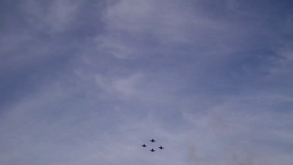 2011 Rose Bowl10  Jet fly over at game
