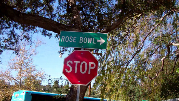 2011 Rose Bowl6  Direction to game