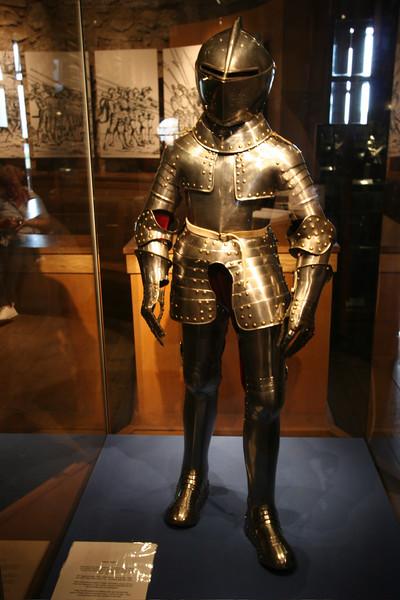 Mini armor