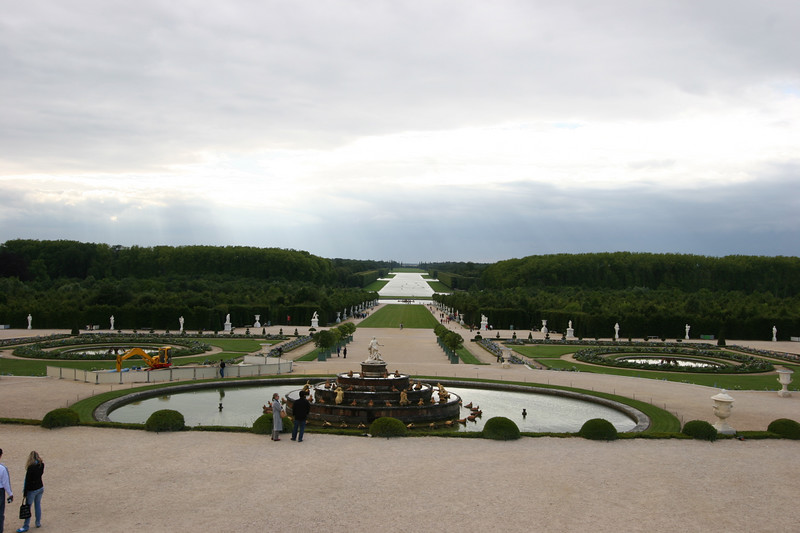 versailles back yard... yes it goes on for miles... insane