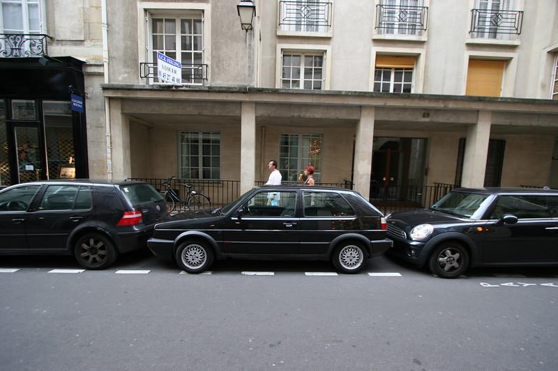 Convenient street parking