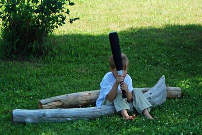 0032 Ivan and his old bat