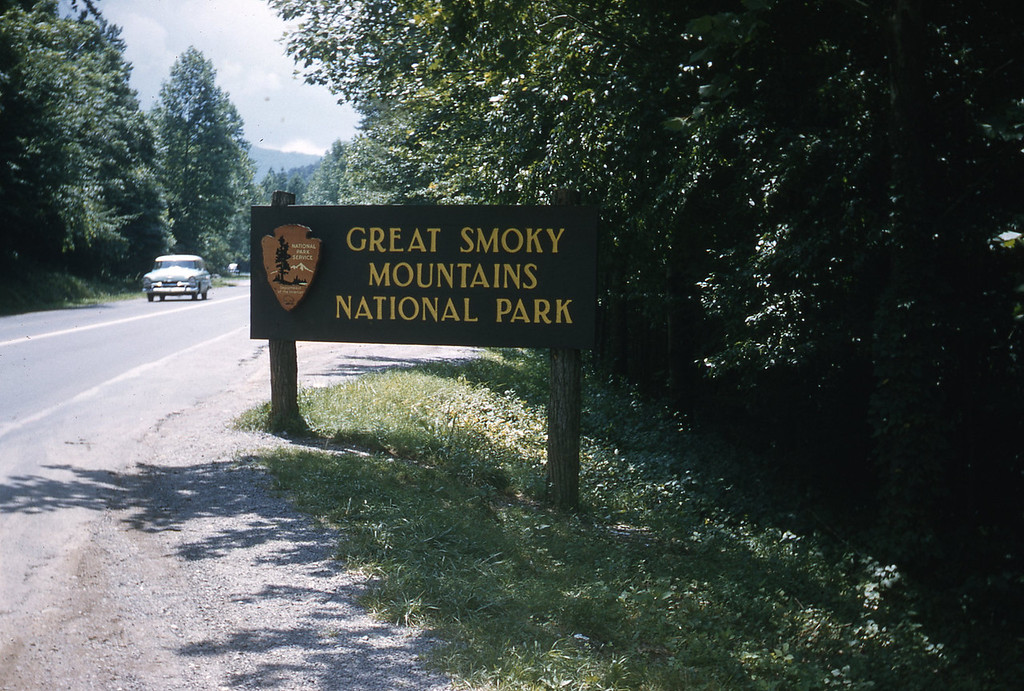 Entrance sign to the Great Smoky Mountain National Park.