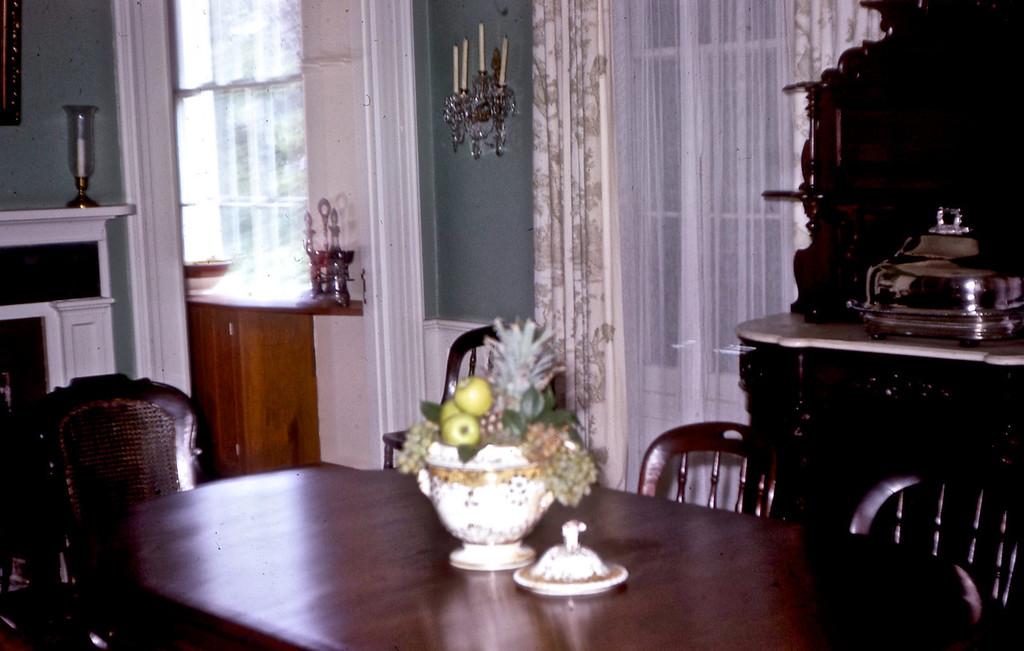 Jefferson Davis' Dining Room - Biloxi, MS.