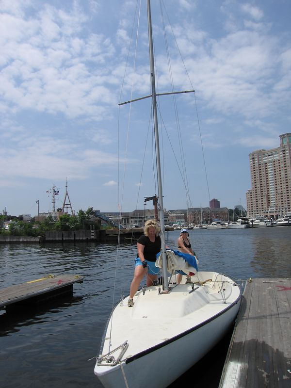 Kelly and Jen tearing down the sail