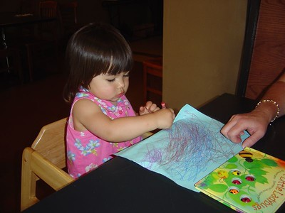 Having fun coloring at Buckley's on Queen Anne Hill.  Mommy ate chicken marsala.  Kari had mommy's pasta.