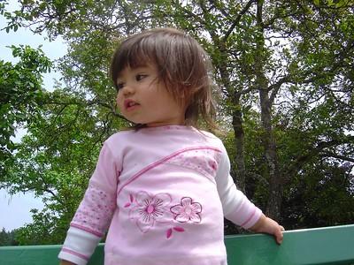 Kari looking bored.